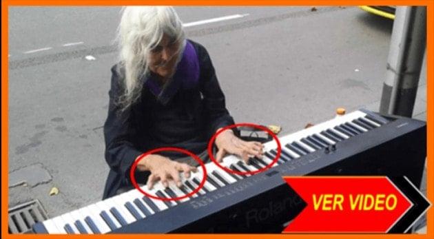 WOW Cuando esta ancianita de 80 se sentó al Piano... ¡Nos dejo Mudos!