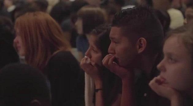 Estos Estudiantes Fueron a una Asamblea pero no se Imaginaron Escuchar Esto, ¡Te Sacará Una Lágrima!