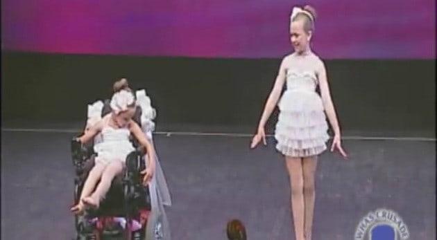 Estas dos niñas hicieron un show de ballet ¡impresionante!