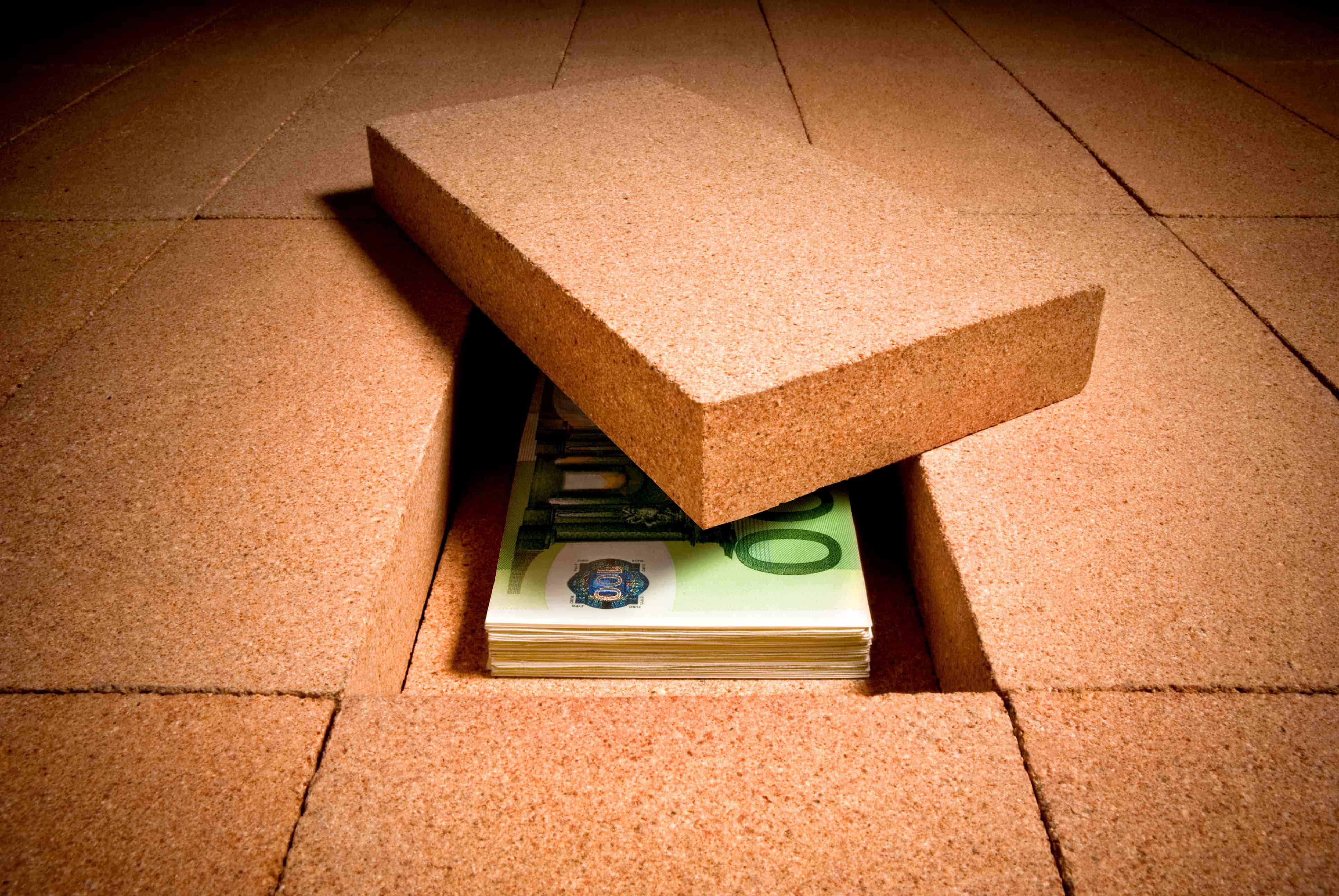 Andrés Gutierrez: Tengo dinero en efectivo en casa